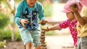 自然素材で共に遊ぶ 大野保育園
